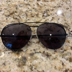 DIFF Khloe Kardashian aviator sunglasses in black